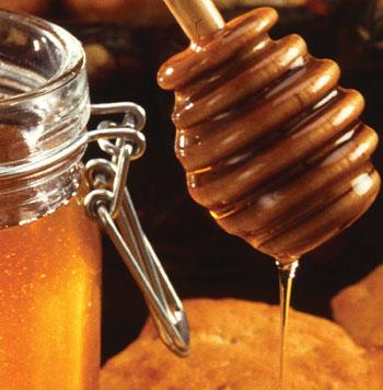 honey to lighten hair
