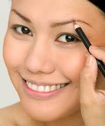 10 makeup tips every woman should know