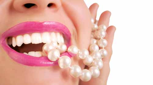 DIY Teeth Whitening With Stuff From Around The House