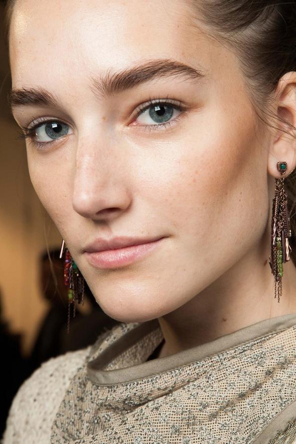 A Celebrity Facialist Shares Her Secret For Acne Prone Skin