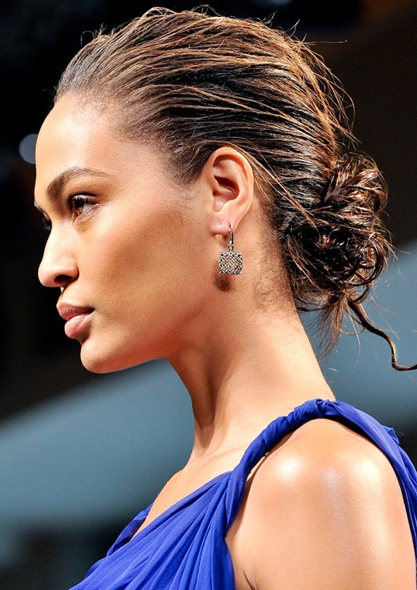 Easy Hairstyles That Anyone Can Do