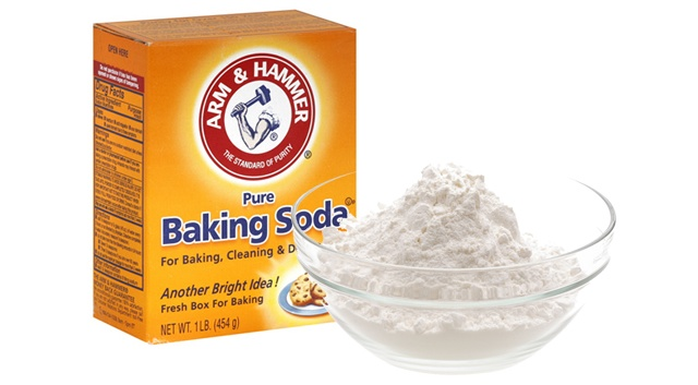 4 Baking Soda Beauty Uses