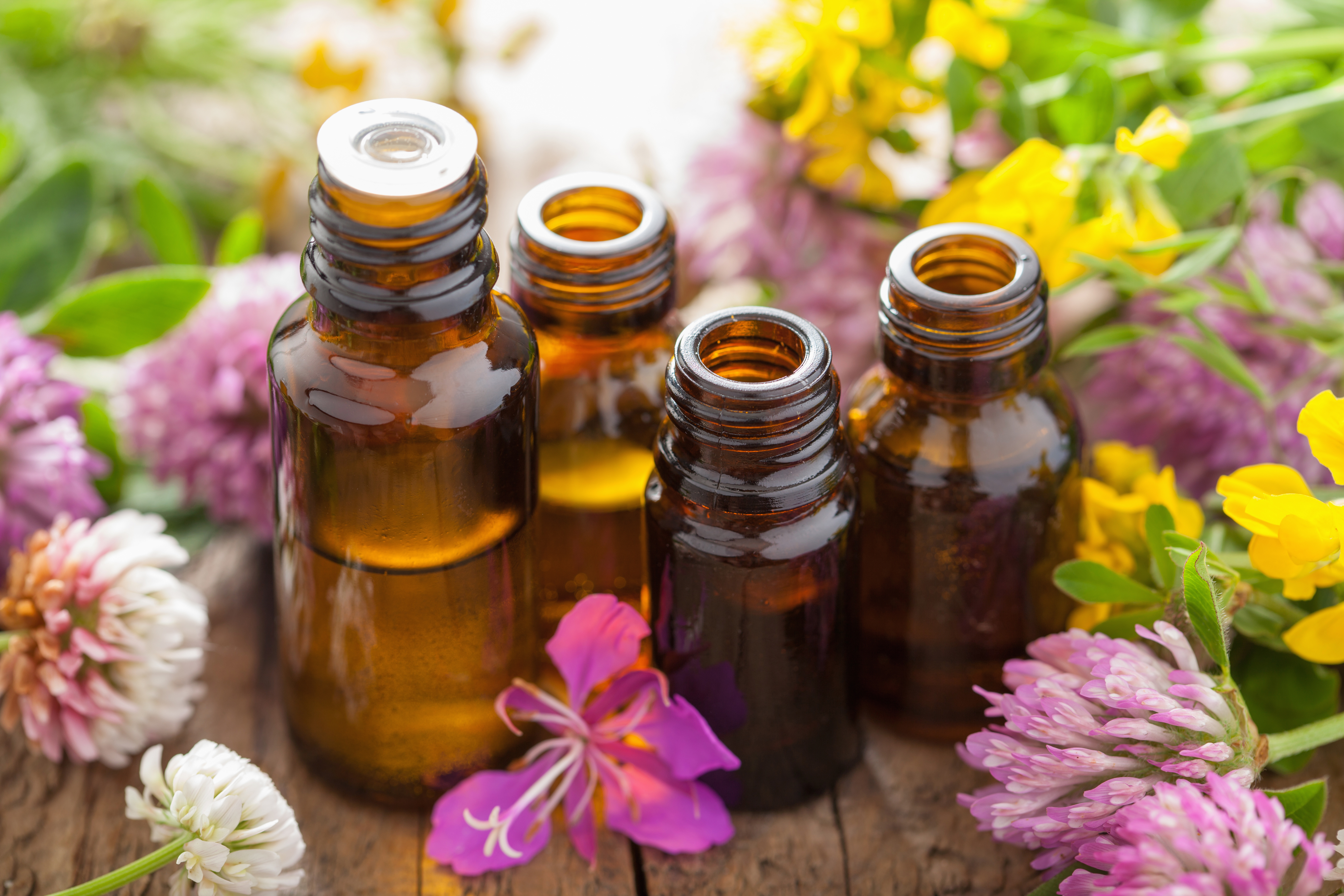 How To Make Natural Essential Oils For Acne