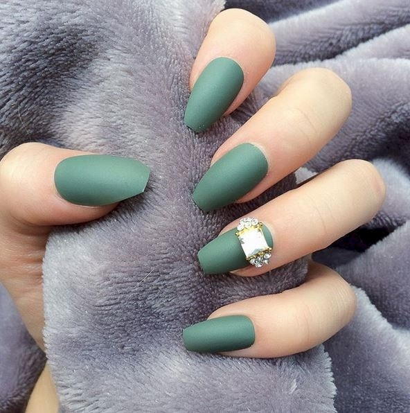 2016 Fall Trend: Matte Nails