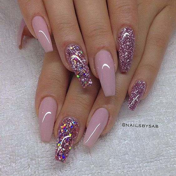 - Trendy Nail Designs To Copy Right Now