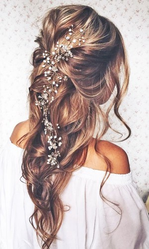 cascading wedding hair