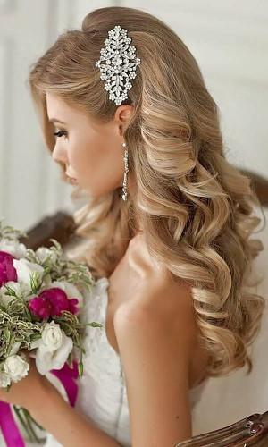 classic curls wedding hair