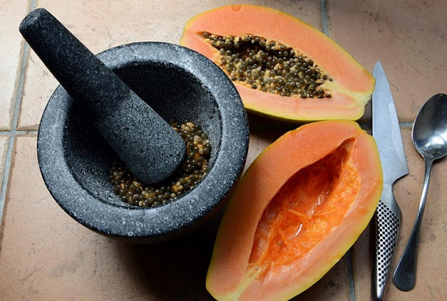 How to Use Papaya Seeds for Hair Growth