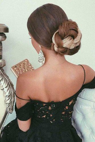 prom bun with accessory