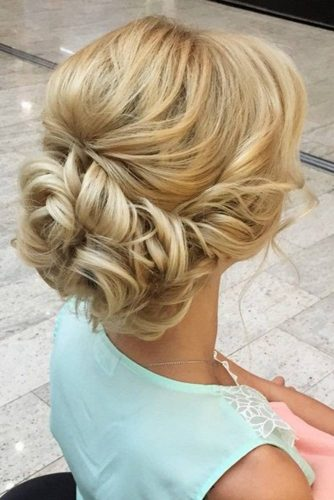 gorgeous prom hairstyles you can copy. Black Bedroom Furniture Sets. Home Design Ideas