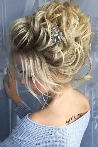 prom updo with accessory