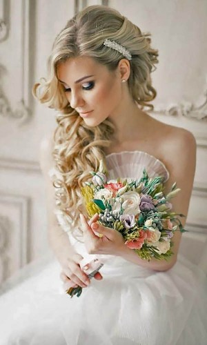 side curls wedding hair