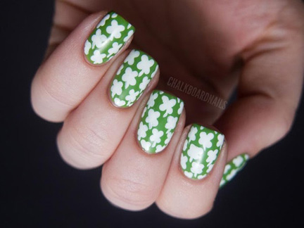 white and green clover nails