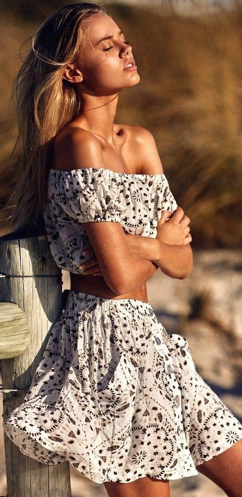 953bca9228 27 Super Cute Beach Outfits You Can Wear This Summer