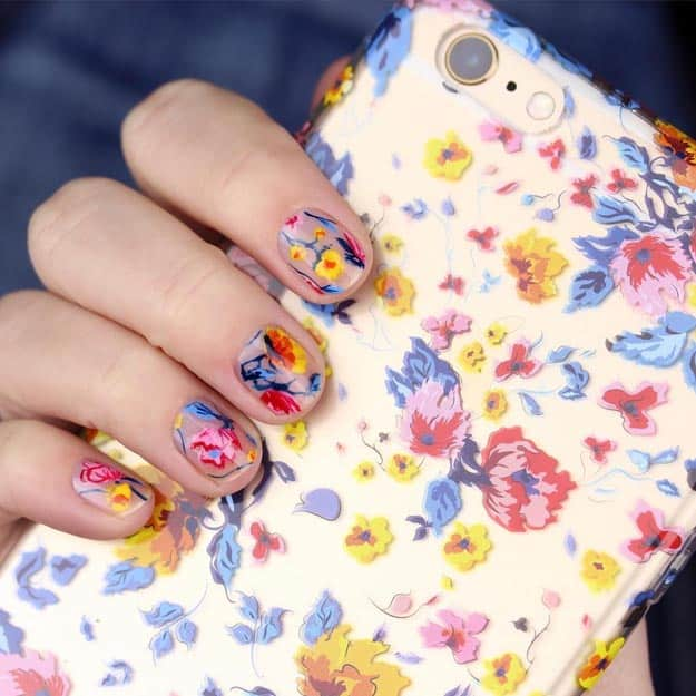 freestyle flowers nails