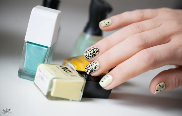 naturalistic spring nail colors