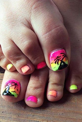 malibu sunset toe nail design