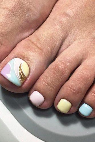 pastel toe nail design
