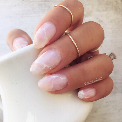 rose quartz nails 2
