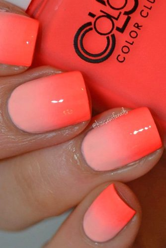 coral gradient nails