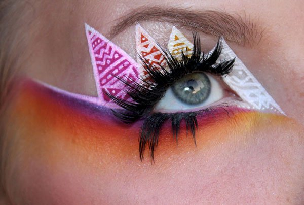 geometric eye makeup