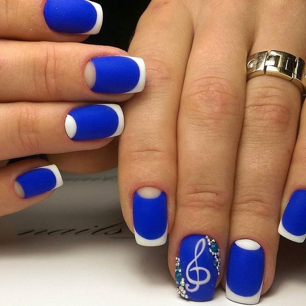 nautical nail design 3