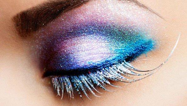 universe eye makeup
