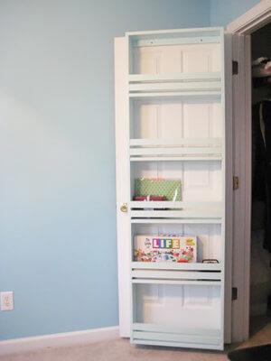 closet door shelf