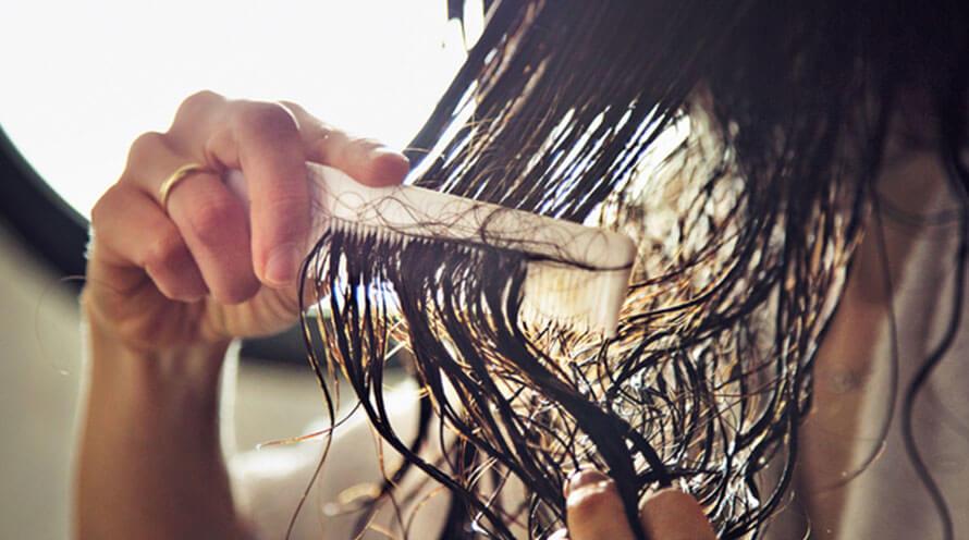 DIY Hair Detangler for Knotty Hair
