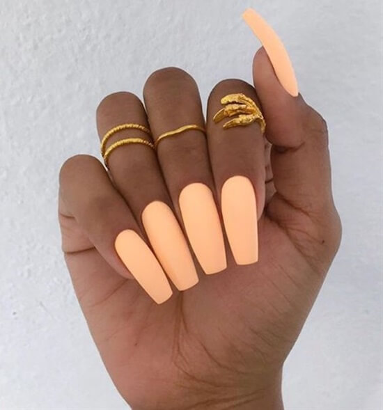 16 Unique Matte Nail Designs