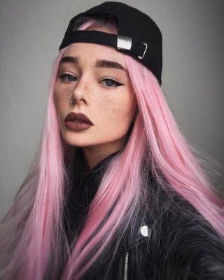 pink hair 21