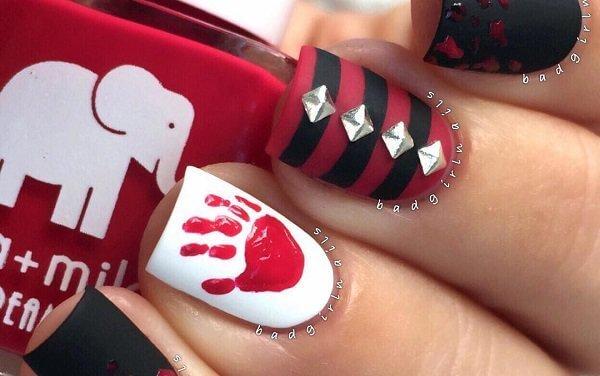 15+ Halloween Nail Art Ideas