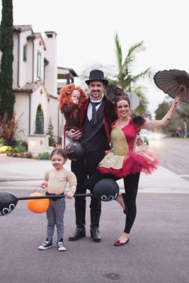 circus performers halloween costume