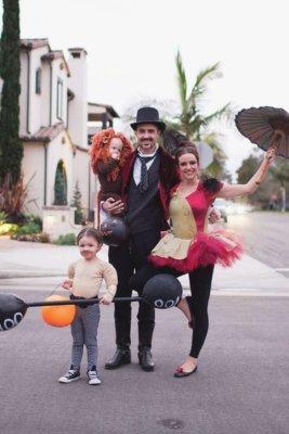 circus performers halloween costume