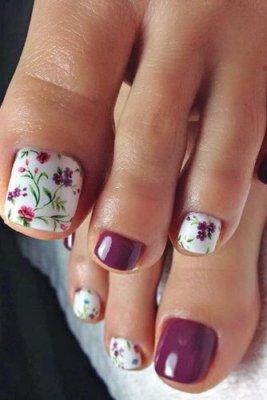 floral pedicure