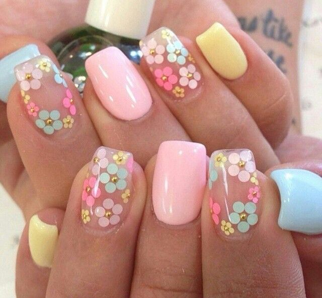 Floral Manicures For Spring And: 15+ Spring Nail Designs To Copy This Season