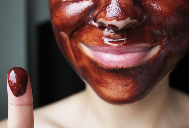 Homemade Edible Mud Mask