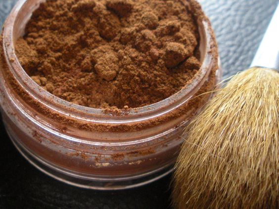 DIY Bronzer Recipe For a Sun Kissed Glow!