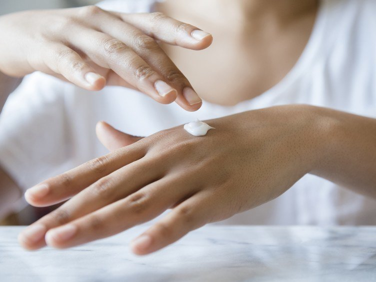 Flaky Dry Skin Prevention And Treatment
