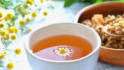 chamomile tea natural hair lightener