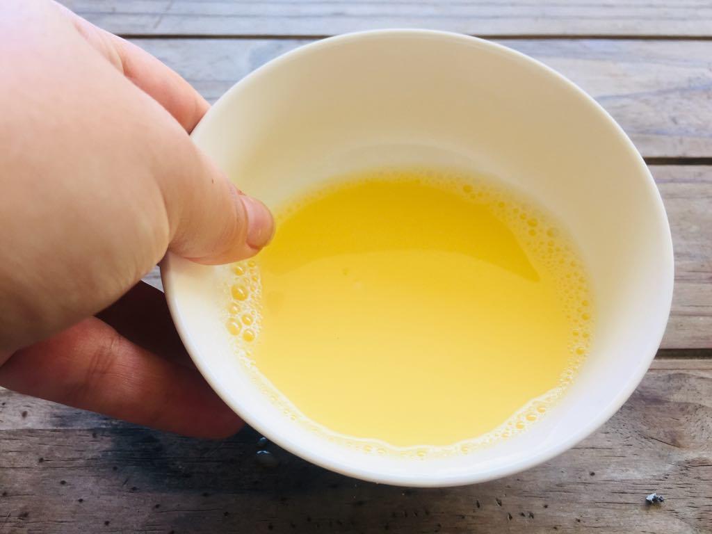 egg and honey nail soak